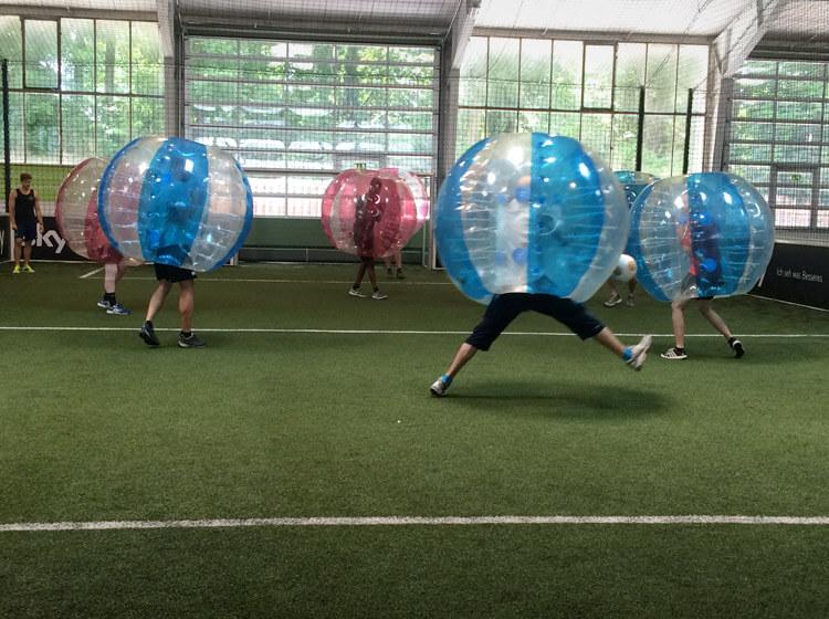 erlebe-bubble-soccer